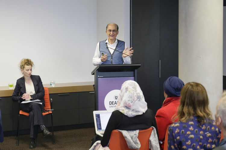 Interculturalism debate: the need to move beyond binary discourses